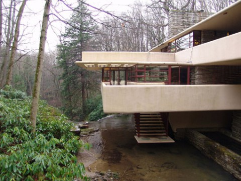 7x-stairs-house-to-waterfall-m.jpg